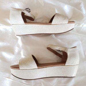 Gee Wawa Cream Distressed Leather Sandals